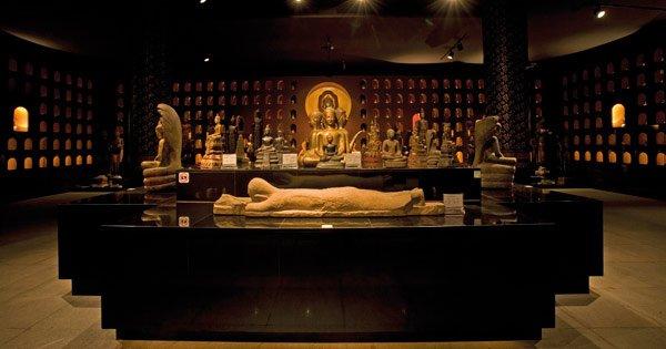 Visit Angkor National Museum Siem Reap