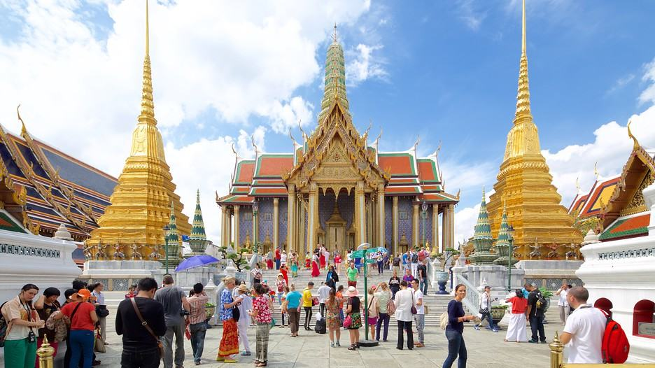 The Grand Palace Bangkok A Guide For Backpackers